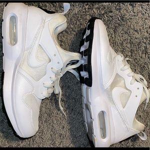 Nike air max's prime